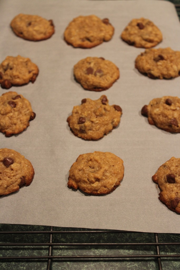 how to make easy peanut butter oatmeal cookies